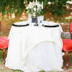 Vintage Estate Wedding I New Jersey Wedding Planner I Jersey Shore Wedding Planning I Wilson Hall I Wedding Table