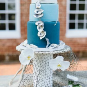 Luxe Shore Wedding | Dee Kay Events ǀ Downtown Annapolis, MD | Carroll House I Wedding Cake