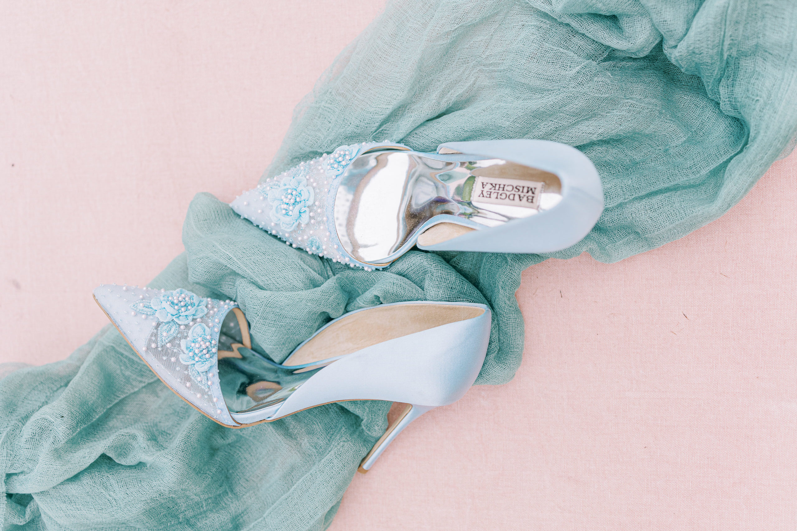 DeeKayEvent-ThePerfectPair-4 QuickTips-forBuyingYou WeddingShoes